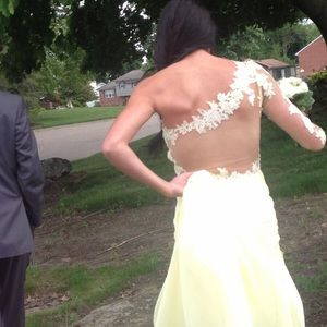 Dresses & Skirts - Double 00 custom made yellow prom dress